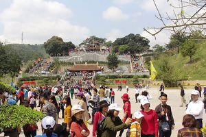 Chuyện về ngôi đền thiêng không sử dụng ngân sách để xây dựng