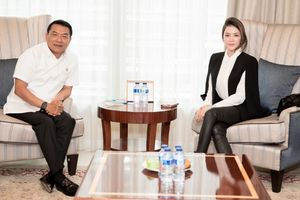 Lý Nhã Kỳ hội kiến với Chánh văn phòng phủ Tổng thống Indonesia