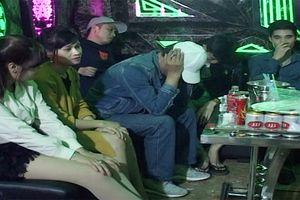 Kiểm tra quán Karaoke phát hiện 4 đối tượng tàng trữ, sử dụng ma túy