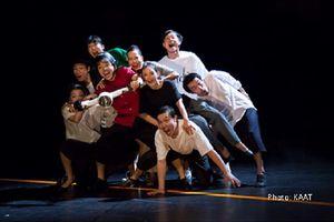 Ấn tượng với giao thông Việt Nam, đạo diễn người Nhật tái hiện vào kịch múa