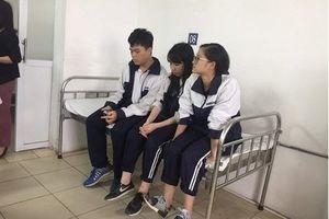 Thông tin mới nhất vụ sập mảng vữa khiến 3 học sinh nhập viện