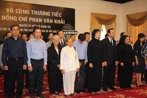 Lãnh đạo Bộ LĐ-TBXH viếng nguyên Thủ tướng Phan Văn Khải