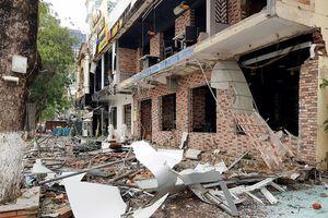Vụ nổ nhà hàng lúc nửa đêm kinh hoàng như động đất