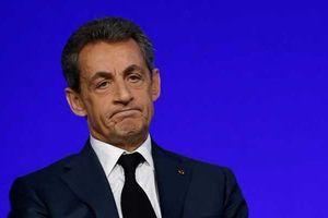 Cựu Tổng thống Pháp Sarkozy bị tạm giam