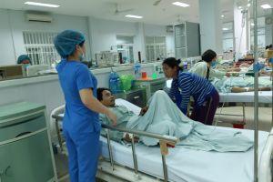 Quảng Nam: Một bệnh nhân nghi ngộ độc rượu có nguy cơ bị mù mắt
