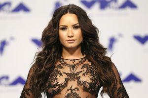 Demi Lovato tiết lộ từng tự tử năm 7 tuổi