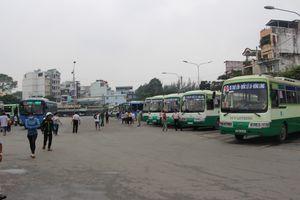Tổ chức xe buýt đưa người dân dự lễ tang nguyên Thủ tướng Phan Văn Khải
