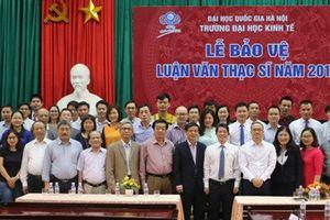47 học viên bảo vệ luận văn Thạc sĩ chuyên ngành Quản lý kinh tế tại Trường Đại học Hà Tĩnh