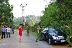 Khởi tố vụ án 3 người trong một gia đình chết bất thường trên xe Mercedes