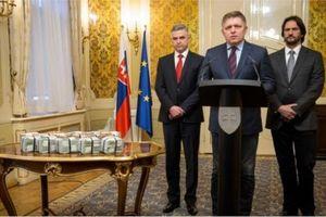 Thủ tướng Slovakia, hai Tổng thống Myanmar và Peru từ chức