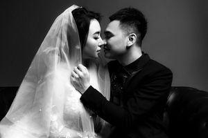Khắc Việt tung ảnh cưới trước hôn lễ một ngày