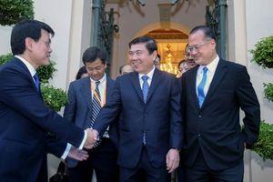 Doanh nghiệp Hồng Kông tới TP.HCM tìm cơ hội đầu tư hạ tầng, dịch vụ tài chính