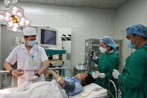 Huy động nhiều bệnh viện nỗ lực cứu chữa cho 60 nạn nhân