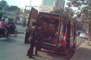Hà Nội: Cận cảnh bến cóc, xe khách trá hình tung hoành