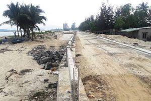 Đà Nẵng: Kè biển trăm tỷ ngổn ngang, dân hoang mang