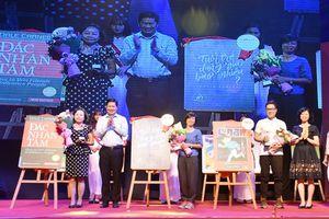 'Tuổi trẻ đáng giá bao nhiêu' giành Giải Vàng FAHASA