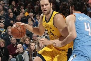 Clippers 102-109 Pacers: Bogdanovic giúp đội chủ nhà giành chiến thắng nghẹt thở ở phút cuối