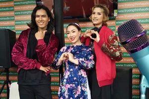Sao Mai Hiền Anh hát nhạc thính phòng tại sân vận động