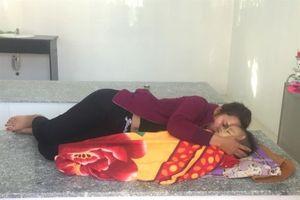 Bình Định: Bé 24 tháng tuổi sặc cháo chết tại điểm trông trẻ