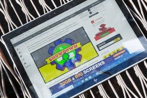 HP Envy X2: Laptop pin 'trâu' nhất thị trường