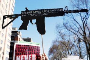 Biểu tình rầm rộ yêu cầu tăng cường kiểm soát súng đạn tại Mỹ