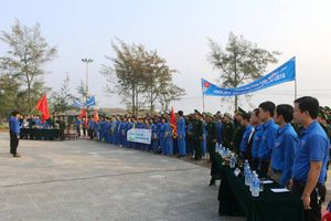 Quảng Trị: Hơn 600 đoàn viên thanh niên ra quân làm sạch môi trường biển