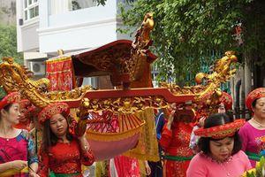 Về rước kiệu, thỉnh nước ở Lễ hội đình làng Yên Phụ