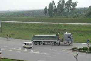 TP.Hưng Yên: 'Vờn mặt' trạm cân, xe trọng tải lớn tung hoành phạm luật