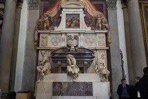 Dự án phục chế ngôi mộ điêu khắc gia trứ danh Michelangelo Buonarroti