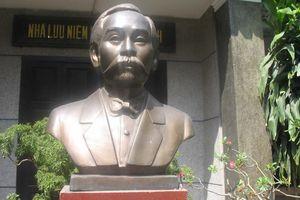 Chân dung nhà chí sĩ Phan Châu Trinh qua các tác phẩm điêu khắc