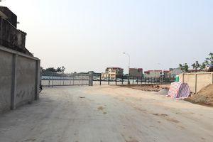 Ngang nhiên lập bãi xe không phép:Chính quyền huyện Thanh Trì có làm ngơ?