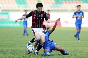HLV Thái Lan trần tình về kết quả toàn thua của Chonburi FC