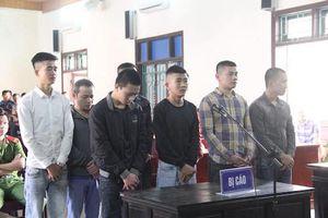 Hỗn chiến trước quán karaoke, nam thanh niên bị đánh tử vong