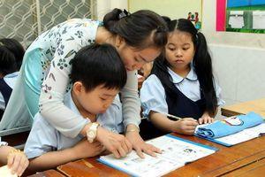 Trách nhiệm hỗ trợ giáo viên và phát triển môi trường sư phạm