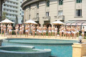 Người mẫu thời trang Việt Nam 2018 khoe hình thể với bikini