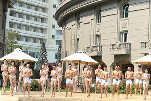 Màn trình diễn bikini nóng bỏng của top 30 'Người mẫu thời trang Việt Nam' 2018