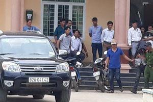 Công an Quảng Ngãi bàn giao hung thủ bắn chết người ở Kon Tum