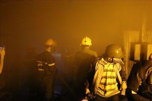 Cháy trại nuôi dế trong đêm, nhiều tài sản bị thiêu rụi
