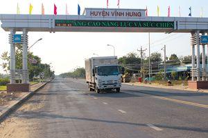 Huyện biên giới Vĩnh Hưng: Đường nhựa về đến 100% xã