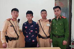 CSGT Hà Nội quật ngã, tóm gọn tên trộm xe máy