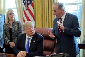 Ông Trump chọn bác sĩ riêng thay thế bộ trưởng cựu chiến binh