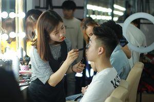 'Đột nhập' hậu trường cực khốc liệt phía sau cuộc thi The Face Of Law của sinh viên Hà Nội