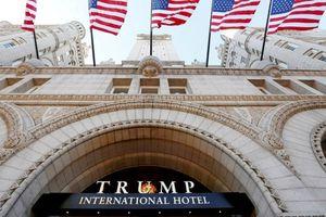 Ông Donald Trump dính 'sao quả tạ' kiện cáo