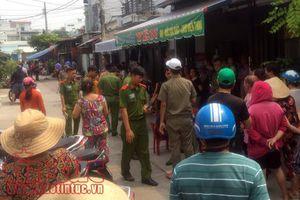 Kiểm tra hiện trường vụ thảm sát 5 người trong gia đình ở quận Bình Tân