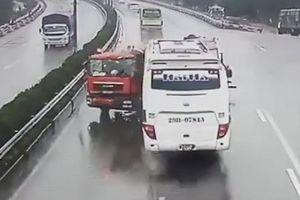 Tai nạn và ùn tắc tăng cao trong 3 tháng đầu năm