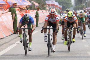 Giải xe đạp TH TP.HCM 2018: Lê Văn Duẩn đánh chiếm ngôi đầu chặng 3