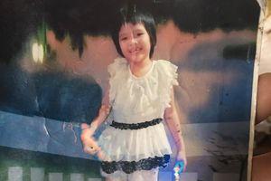 Bé gái đi lạc bị bắt xin ăn ở Sài Gòn được gia đình tìm thấy