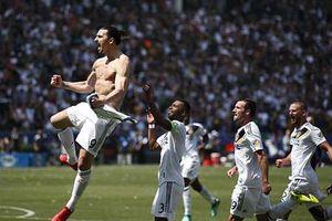 Ibrahimovic lập siêu phẩm, LA Galaxy ngược dòng không tưởng