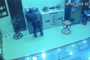 Đột nhập tiệm vàng trộm tài sản trị giá hơn 700 triệu đồng