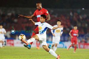 HLV Văn Sỹ: 'HAGL là đội bóng mạnh nhưng vẫn có điểm yếu, Nam Định sẽ chiến đấu bằng 100% sức lực'